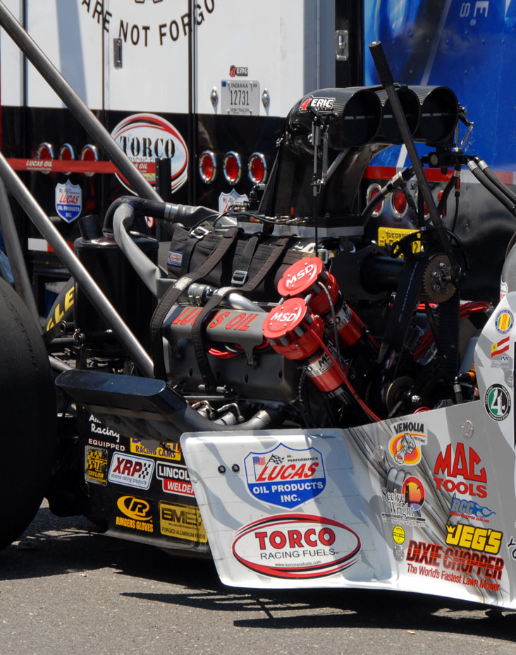 Top Fuel Dragster Engine Specs Top fuel engine - 8,000 hp on